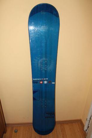 Deska snowboardowa Nidecker 153 cm