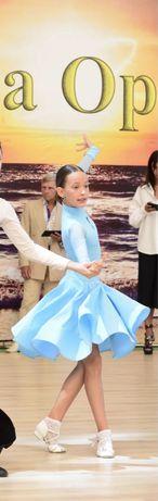 Платье для танцев на рост 136-146.