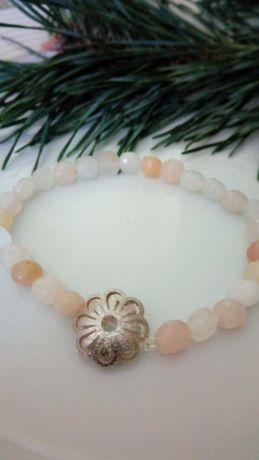 Awenturyn różowy i srebrna stokrotka - bransoletka na mocnej gumce