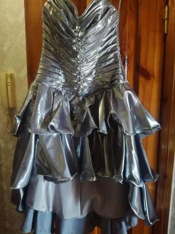 Продам, платье.