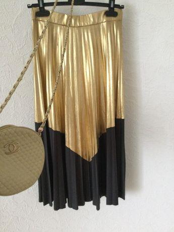 Юбка плисе Loro piana Brunello Gucci Chanel Dior