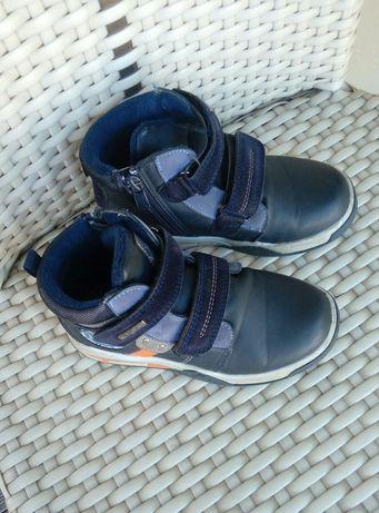 Кроссовки ботинки детские 29 размер