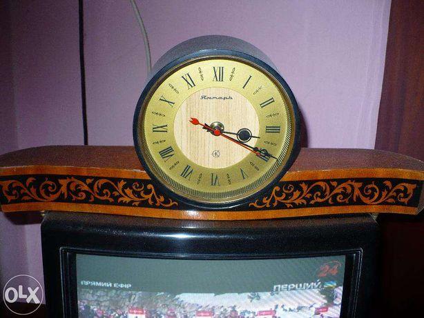Часы Каминные СССР кварцевые