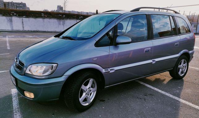 .,,СРОЧНО,,Продам Opel Zafira,2004 год,с д.1.8..цена 4200$.