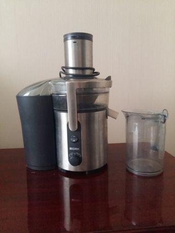 Соковыжималка Bork JU Cup 22130 SI