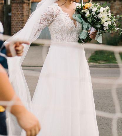 Suknia ślubna Amy Love i 2 m welon z 2019 roku. Polecam!