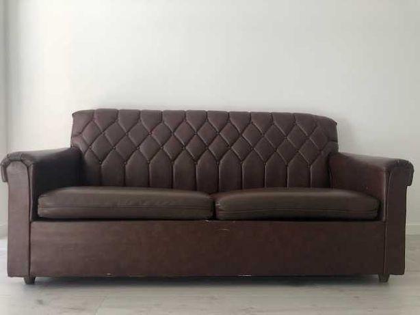 EXCELENTE Sofá-cama castanho escuro do estilo Vintage