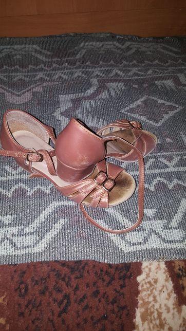 Туфли для танців/танцевальная обувь