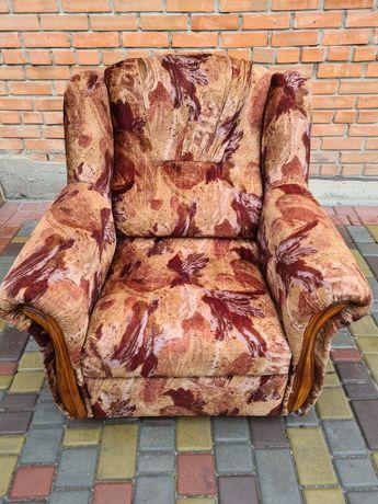 Продам кресло мягкое