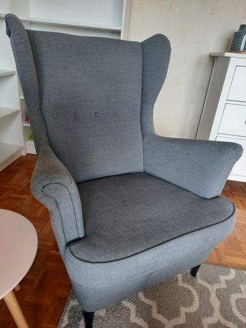 Kultowy uszak z IKEA - fotel STRANDMON