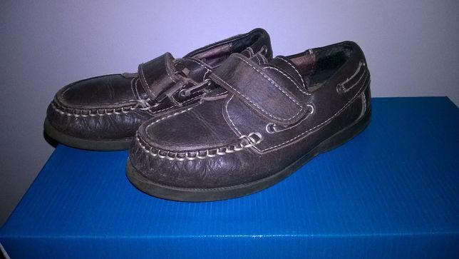 Sapatos tipo vela, nº 29 em pele