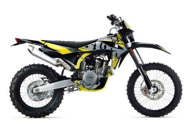 MOTOCYKL ENDURO SWM RS300 RS500 nowy leasing Kask Gratis !