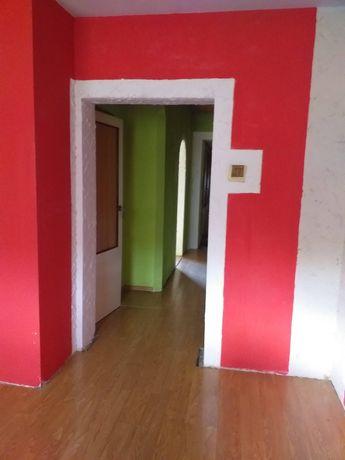 Zamienię dom na dwupokojowe mieszkanie za dopłatą