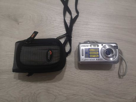 Máquina fotográfica Sony 6 mpix