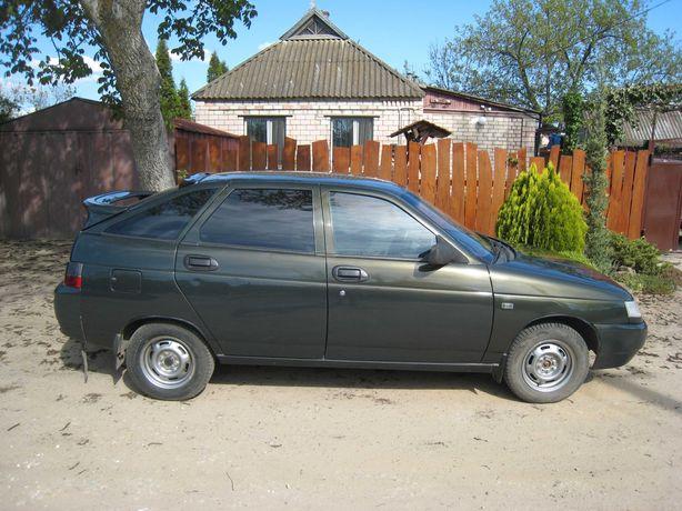 Автомобиль ВАЗ-21121