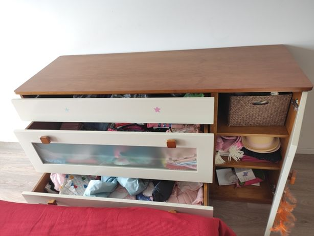 mobília de quarto de criança e decoração