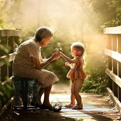 Cuidadora de idosos, babysitter e limpezas domesticas