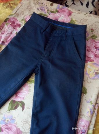 Продам брюкі нові