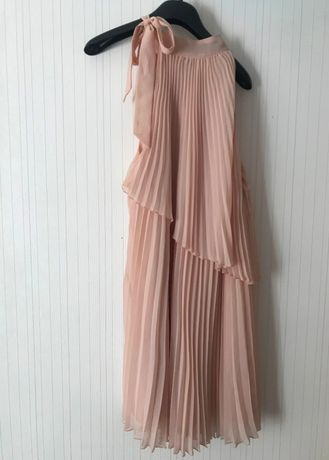 платья новые и б/у, размер S/M
