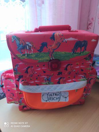 продам ранець, рюкзак для хлопчика чи дівчинки