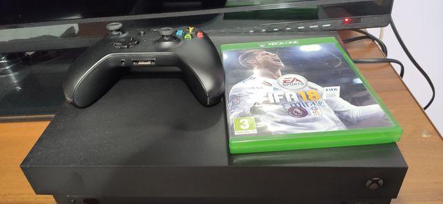 Xbox one x 1tb stan idealny