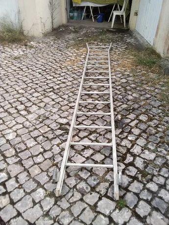 Escada em alumínio de 4 metros altura