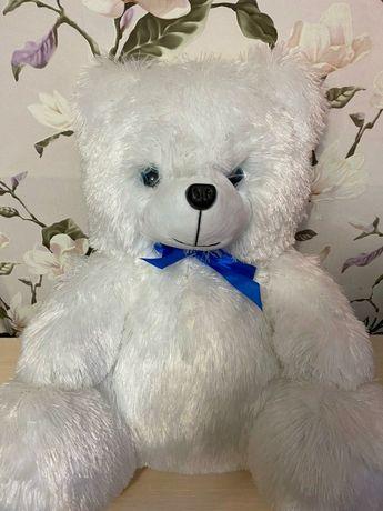 Медведь плюшевый,  60 см