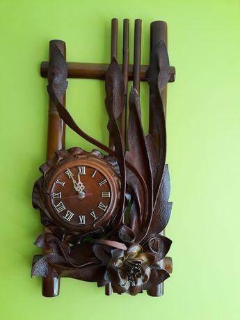 Zegar ścienny bardzo zadbany