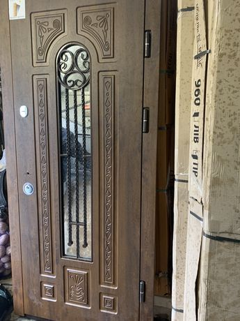 Входные двери от 3700. Есть монтаж и доставка. Б/У от 2000