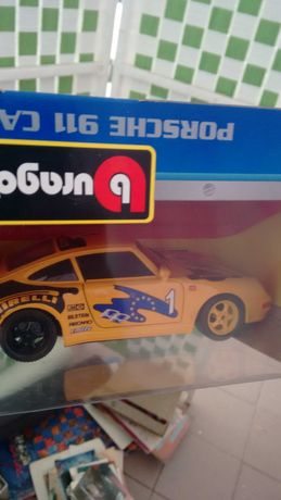 Porsche 911 Carrera, marca Burago