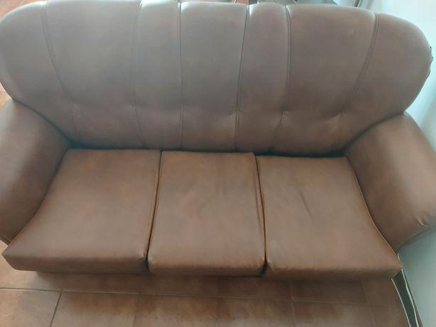Vendo conjunto de 3 sofas