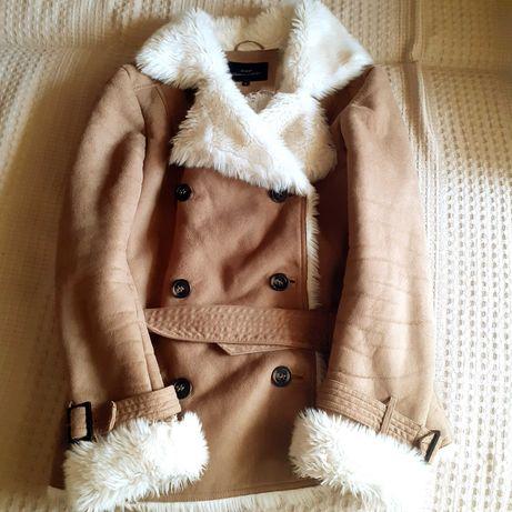 Искусственная курточка фирмы o'stin, искусственный полушубок.