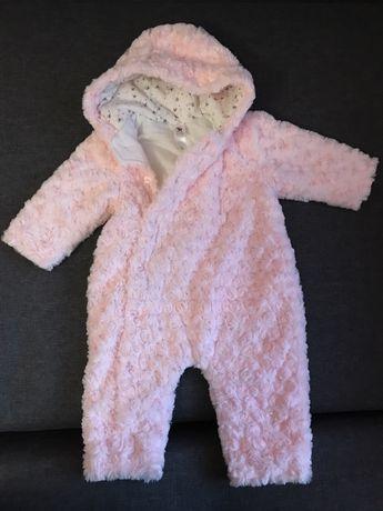 Дитячі комбінезони, куртки, кофти, плаття для дівчинки