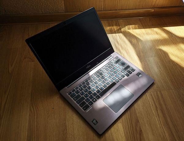 "Ультрабук Fujitsu JAPAN 14"" 4K Sharp IGZO / Core i7 / 10 GB / SSD"