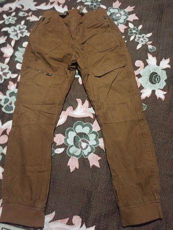 Продам брюки ( штаны) на мальчика