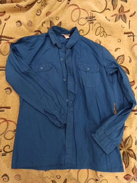 Рубашка синего цвета