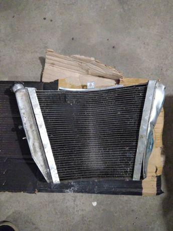 Радиатор охлаждения Suzuki GSXR 1000 K5 - K6 под ремонт.