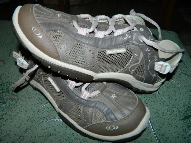 Кроссовки SALOMON фирменные (оригинал) размер-40 стелька- 25 см.