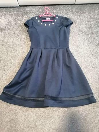 Śliczna sukienka szkolno-wizytowa 9-10 lat