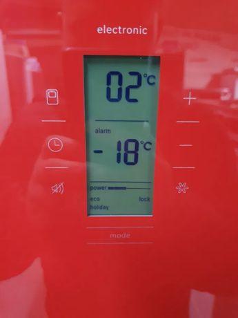 PREMIUM класса холодильник BOSCH б/у из Германии.