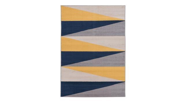sprzedam dywan stan nowy