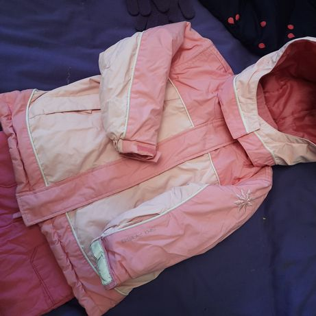 Тёплая курточка девочке 3-4 года 104 рост