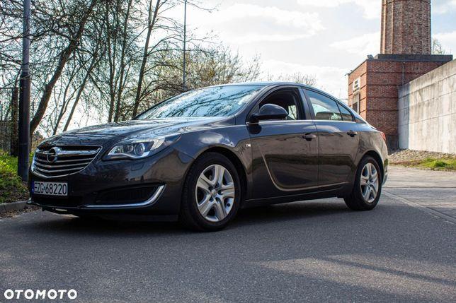 Opel Insignia 2.0 cdti 163 km. Do auta komplet opon zimowych gratis