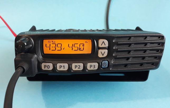 Icom - pasmo 70 cm + PMR - radio UHF - pełny komplet.