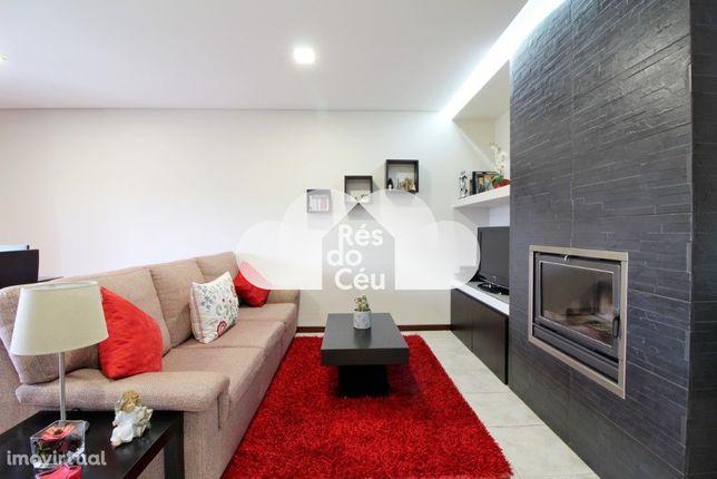 Vende-se apartamento T3 situado na Freguesia de Caldelas, em Amares