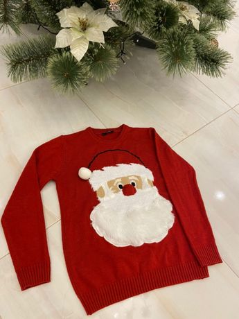 Новогдние свитера