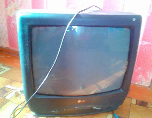 Телевизор LG CF 20F 39