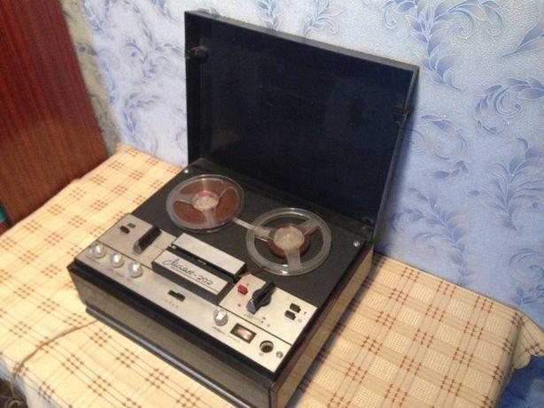 Катушечный ( бобинный ) магнитофон МАЯК 202