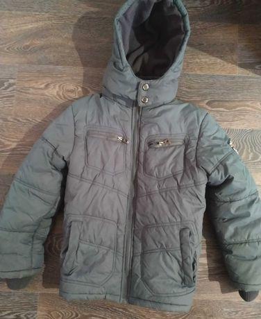 Теплая курточка для мальчика