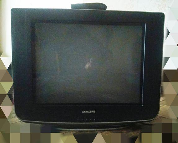 Продам телевизор 20 дюйм с пультом Samsung  Slim Fit TV. Б/у, рабочий